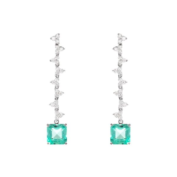 brinco-lilly-diamante-e-esmeralda-emerald-cut-1
